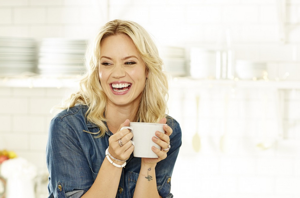 RT @healthymag: @KimberlyKWyatt eats carbs and works out in the park. Get to know our down-to-earth cover star in the new Healthy https://t…