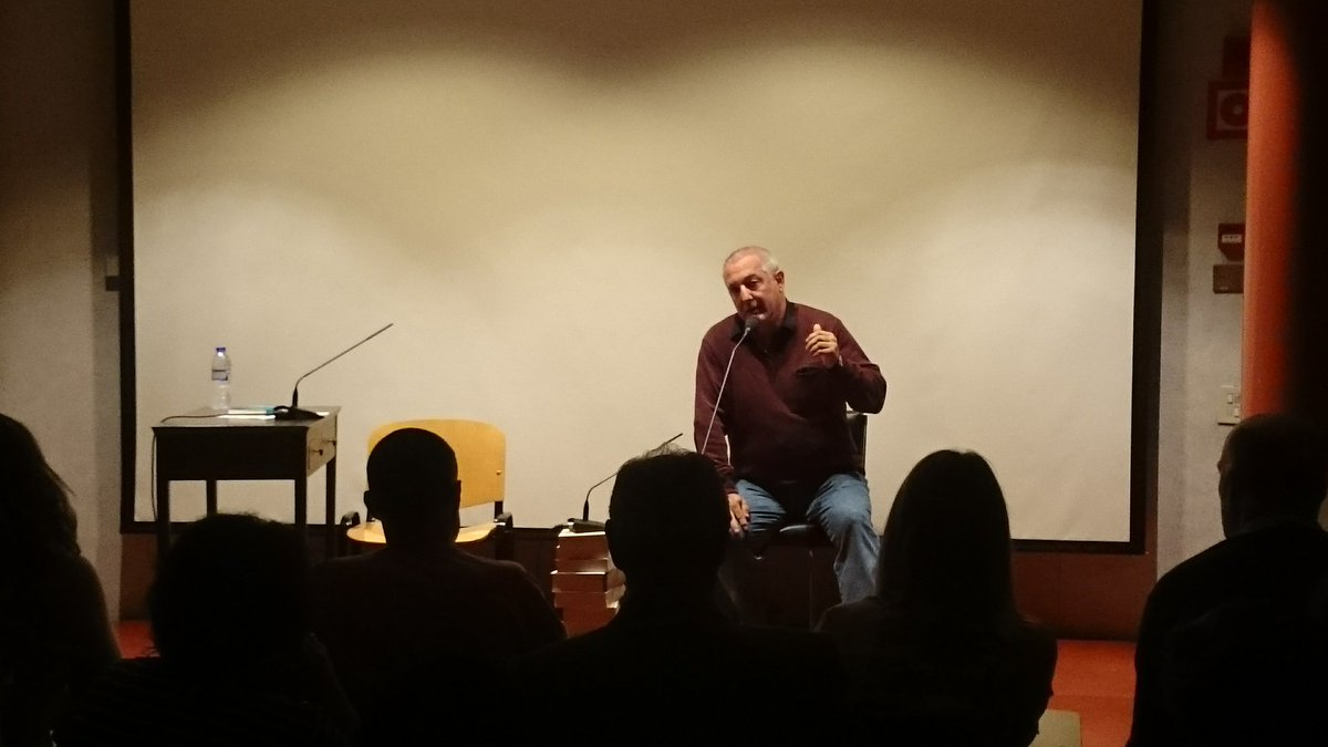 Hasi da gaurko Bilbo Zaharra #Forum jardunaldia. Aurkezpena, Pedro Alberdiren esku. #hitzaetamusika
