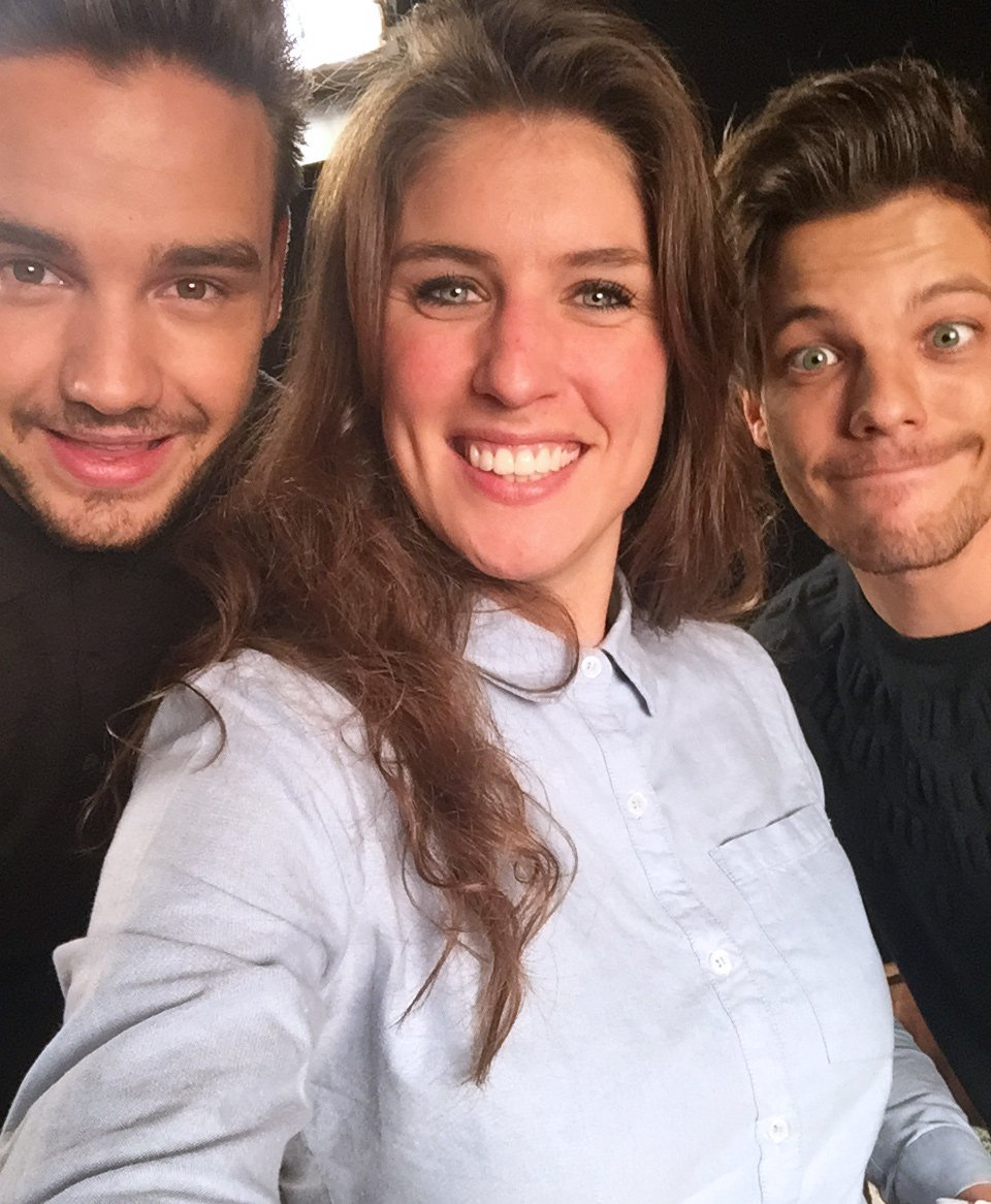 Vééét! @MariekeElsinga sprak de heren van @OneDirection, bekijk hier het interview: https://t.co/rwp3DMqwEe #LiLo https://t.co/MLmLmQlgqe