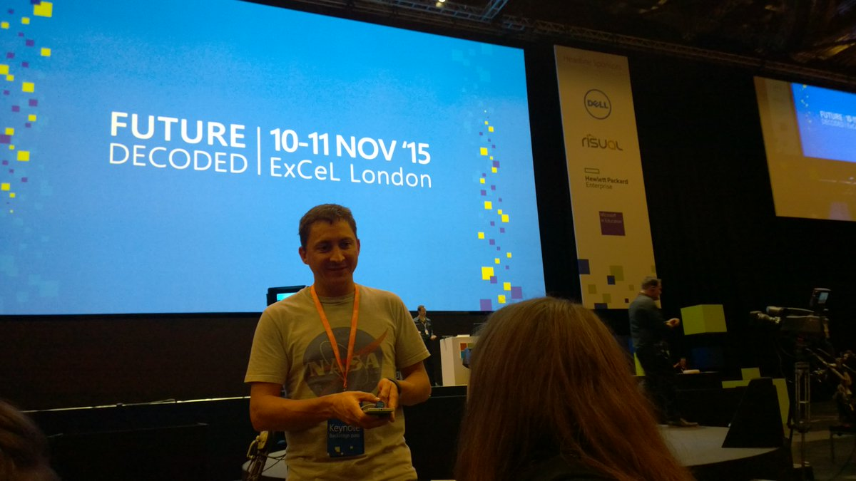 Coming to #futuredecoded tomorrow? You need to get in your seat by 9.40. Please RT and encourage others. https://t.co/u02pEd12uQ