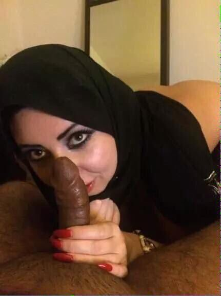 xxx-funny-iranian-sexxxl-blonde-vegitable-mean