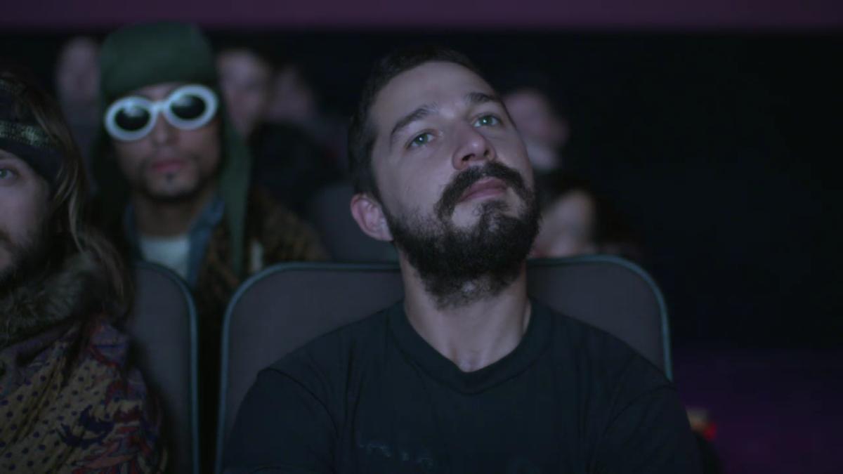 Kurt Cobain is sitting behind Shia rn #allmymovies https://t.co/A0wjWSsjR6