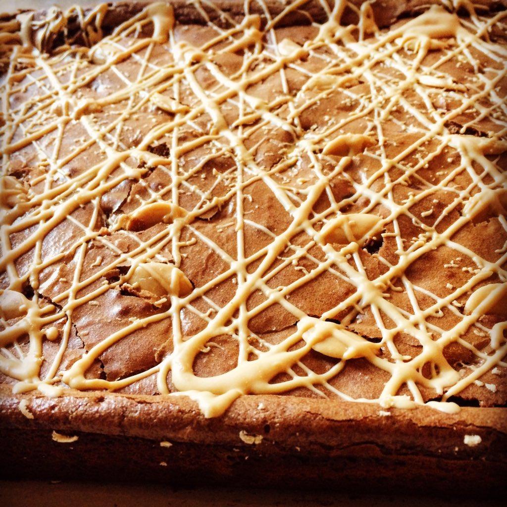 Jessie S Kitchen On Twitter The Caramac Button Brownies