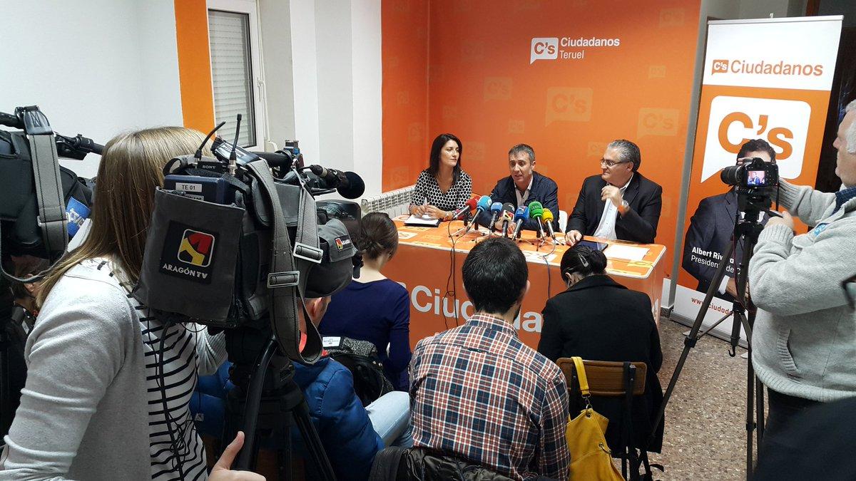 Thumbnail for Presentación de candidatos al Congreso y Senado por Teruel (12/11/2015)