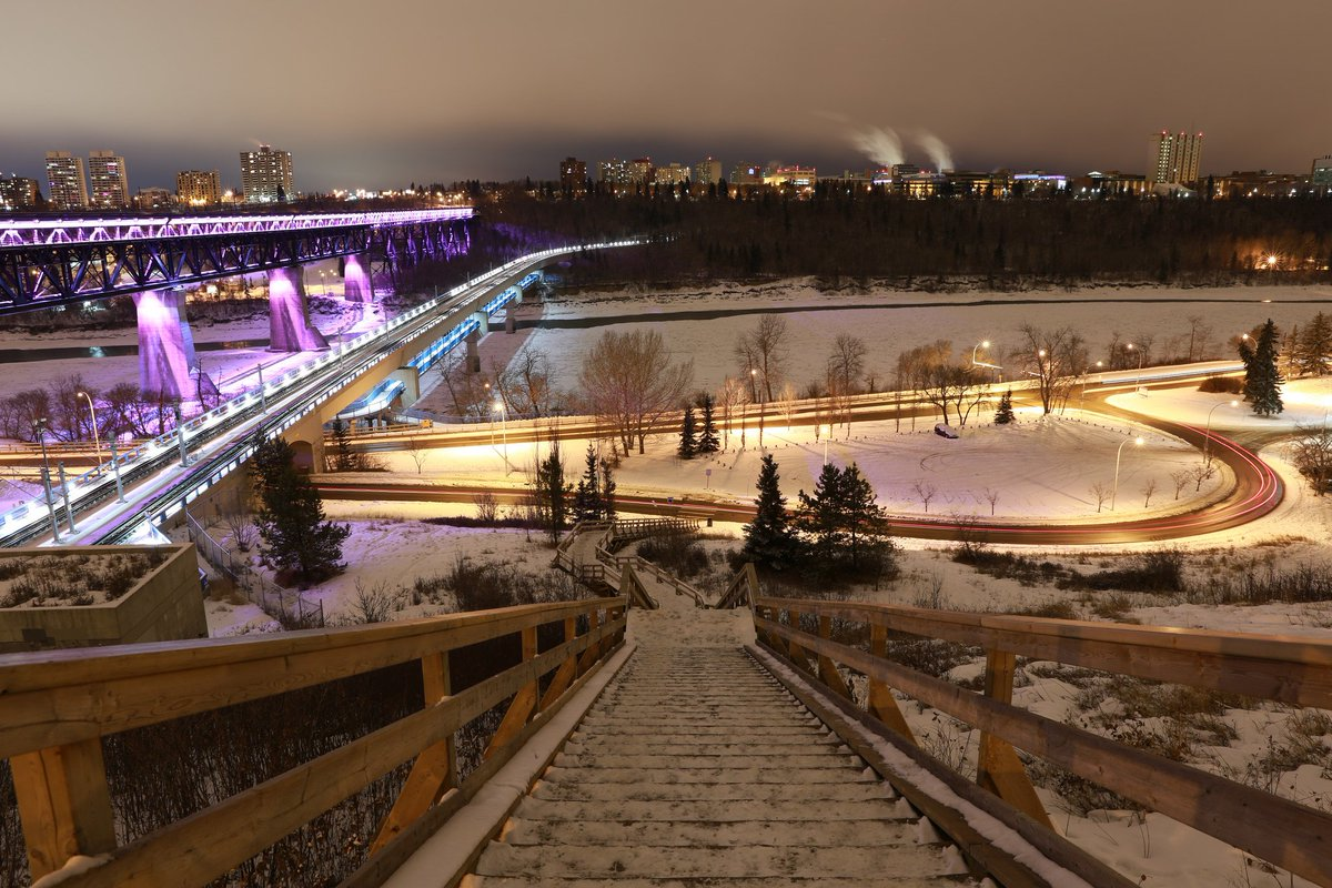Your Guide to Winter 2015/2016 Festivals & Events in Edmonton! https://t.co/Zbk06JCZnb #yeg https://t.co/eqAkYbayGJ