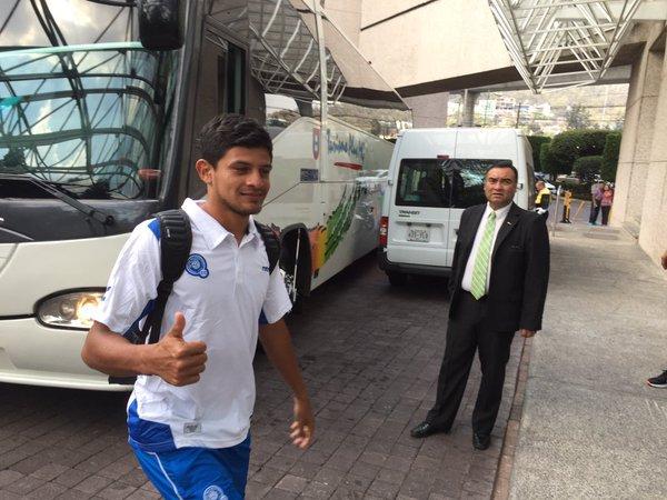 Rusia 2018: El Salvador vs Mexico en ciudad mexico el 13 de noviembre del 2015.  Informacion del juego. CToeXFWWoAEKrG9