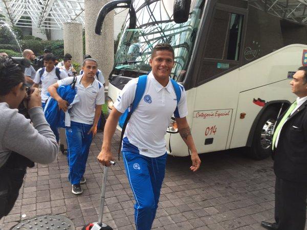 Rusia 2018: El Salvador vs Mexico en ciudad mexico el 13 de noviembre del 2015.  Informacion del juego. CToerXiWIAAQmET