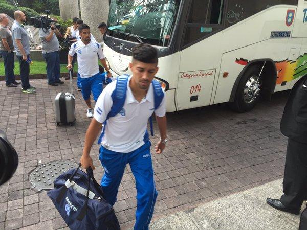 Rusia 2018: El Salvador vs Mexico en ciudad mexico el 13 de noviembre del 2015.  Informacion del juego. CToerXvWUAEDGmh