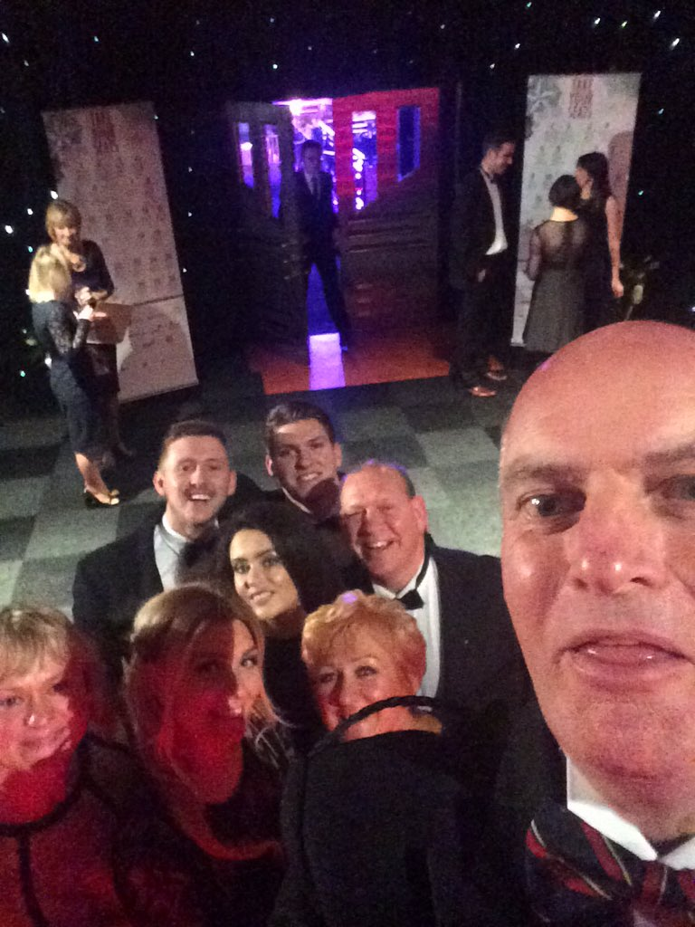 Elegant Lane Roofing Ltd On Twitter Lane Roofing Family Business Award Selfie  #fba2015 #family #selfie //t.co/lbqkKA2Pkn Sc 1 St Twitter