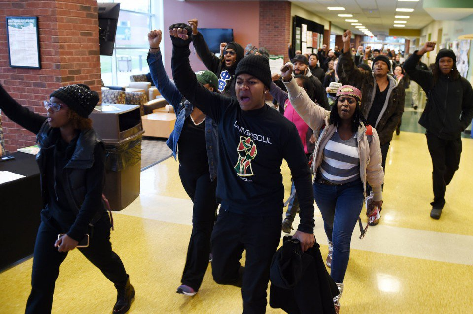 #EMU students march in solidarity with students at #Mizzou https://t.co/dmUPbJJuns https://t.co/eMLvogjcUa