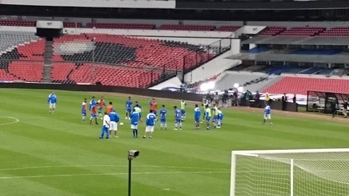 Rusia 2018: El Salvador vs Mexico en ciudad mexico el 13 de noviembre del 2015.  Informacion del juego. CTpvTpwUkAA3bmB
