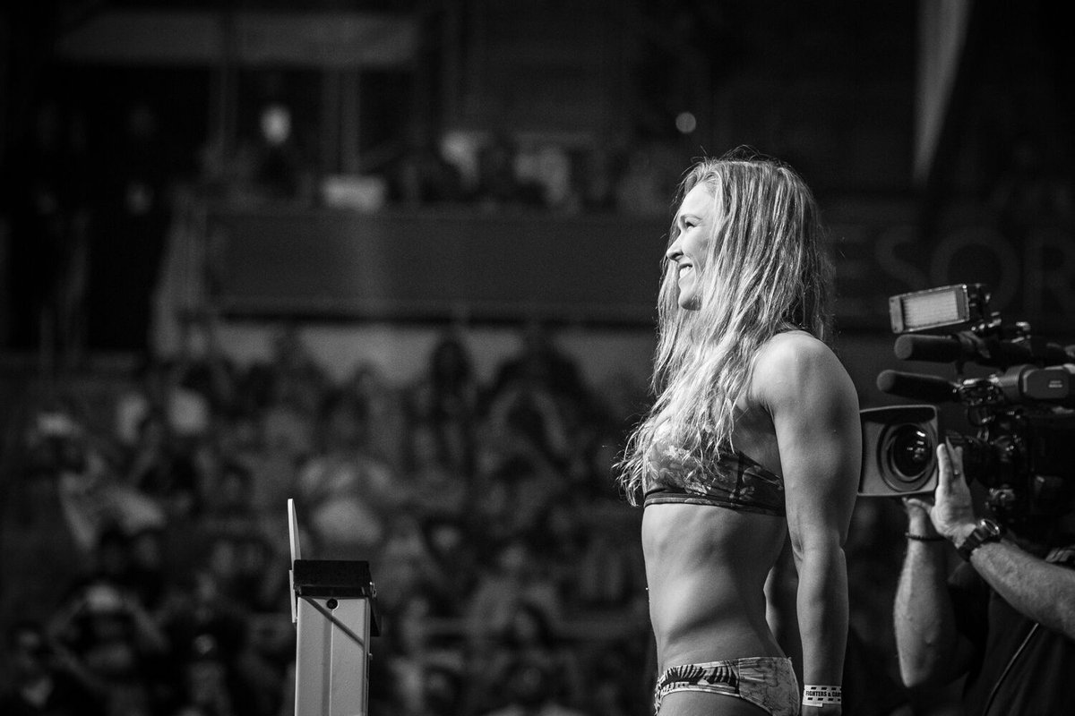#UFC193 weigh-ins are tomorrow morning! Make sure you've got your free ticket for entry: https://t.co/t3NrtNyGOx https://t.co/kE092DJUvV