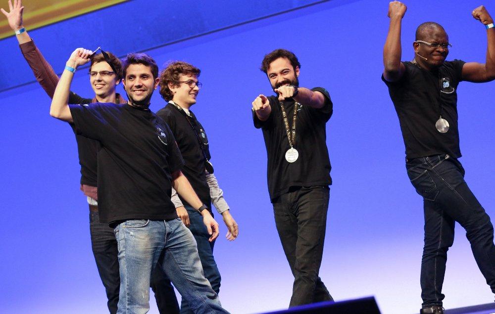 A 5-man team from .@uni_li won #DemoJam at #SAPtd this week in Barcelona https://t.co/3mHzWvJgt2 https://t.co/mNbvZq25RD