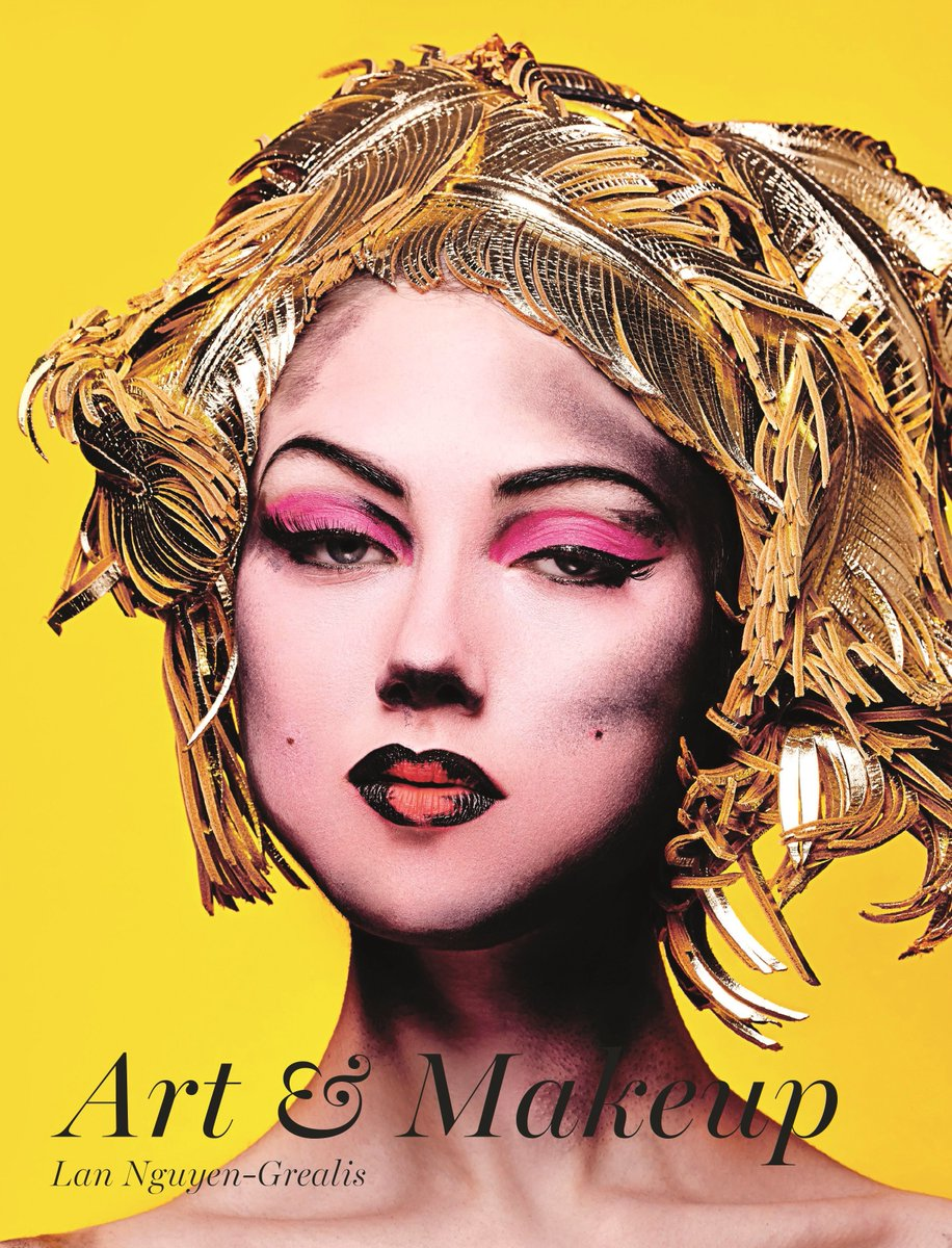 Follow & RT for a chance to #win hardback of Art & #makeup (£28)>https://t.co/SaJGI5incC #freebiefriday #competition https://t.co/4eUtYnXGSN