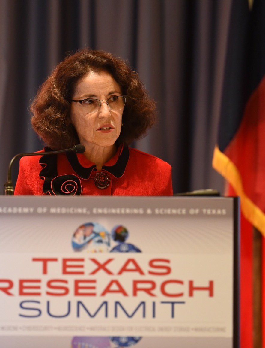 Dr. Córdova of @NSF: advancing STEM education critical to finding answers to problems of today + tomorrow #TAMEST https://t.co/mIz79X2ePM
