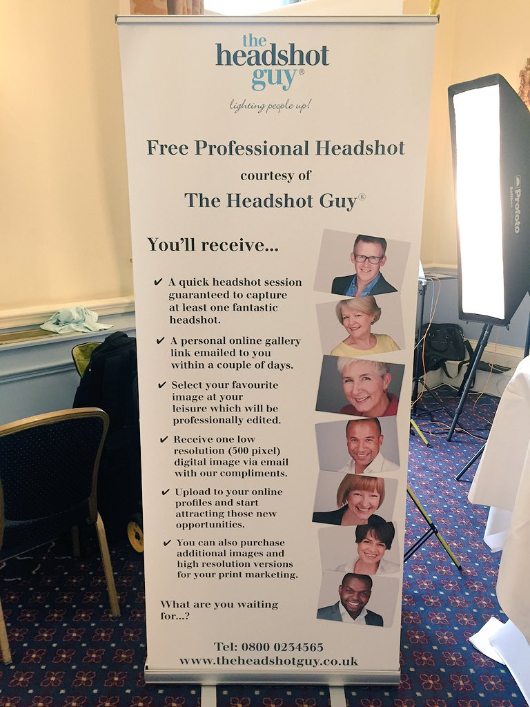 We're still at @The_IoD taking free #professional #headshots. Why not come by on your #coffee / lunch break? #IoDWIB https://t.co/utzTOxn4Jp