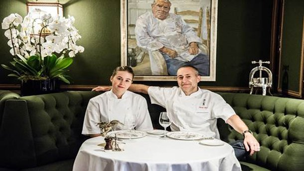 Le Gavroche switches to five-day week to improve staff work-life balance https://t.co/0bOQ0RfV5s https://t.co/dp9KOOXWCm