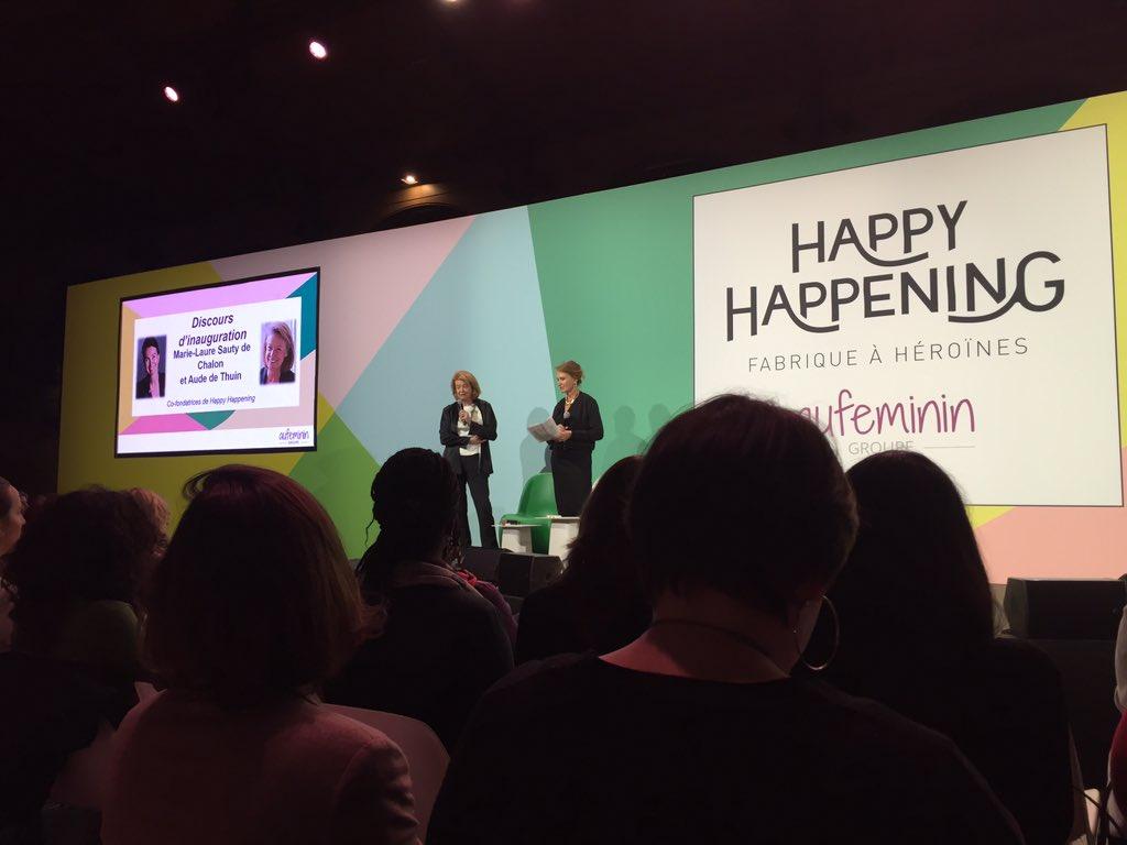Soirée happy happening #politiqu&#39;elles#womenareheroines <br>http://pic.twitter.com/tFQJJAghSt