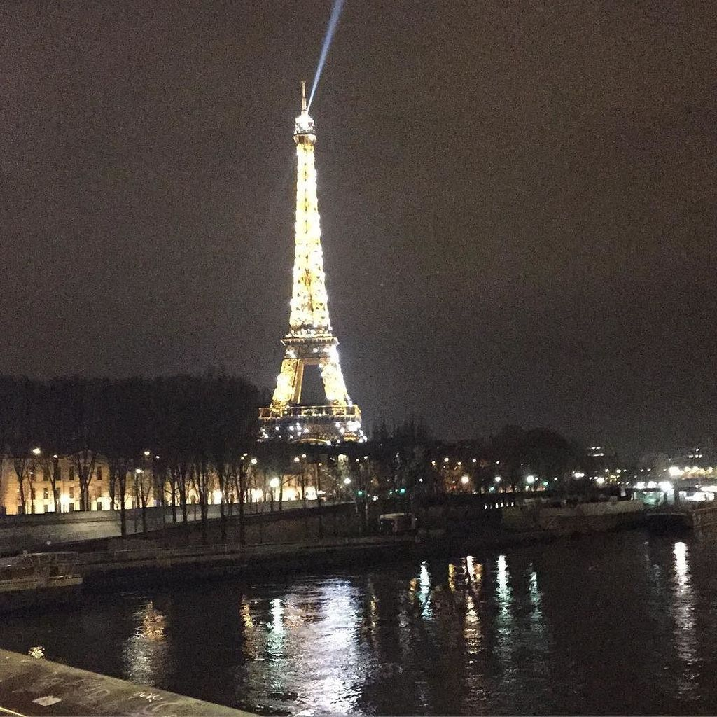 My heart goes out to the city of lights. https://t.co/TWWTaCfmvl