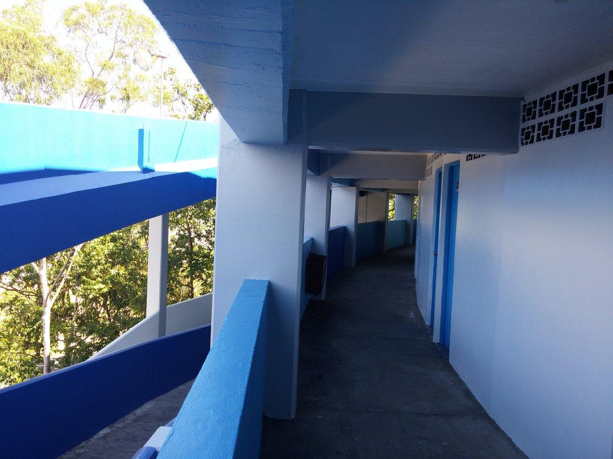 Estadio Cuscatlan es pintado de azul y blanco. CTuMAUHVAAEOt7r
