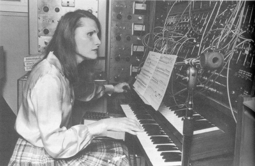 Happy Birthday to synth pioneer and innovative sound architect #WendyCarlos. https://t.co/sZkvnigUTS
