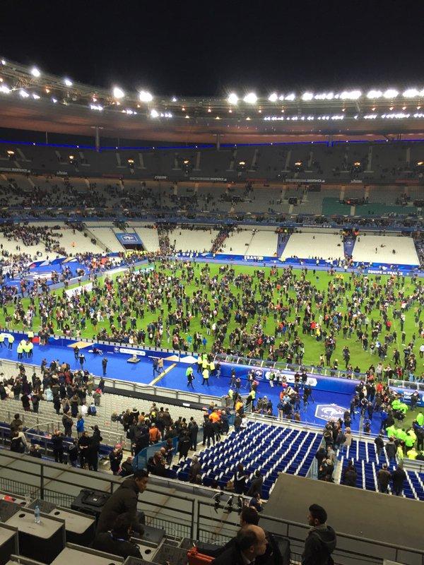 Париж Франция Германия взрыв
