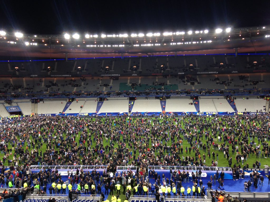 Confused fans have flooded the pitch here in #Paris https://t.co/8HleYh5WiL