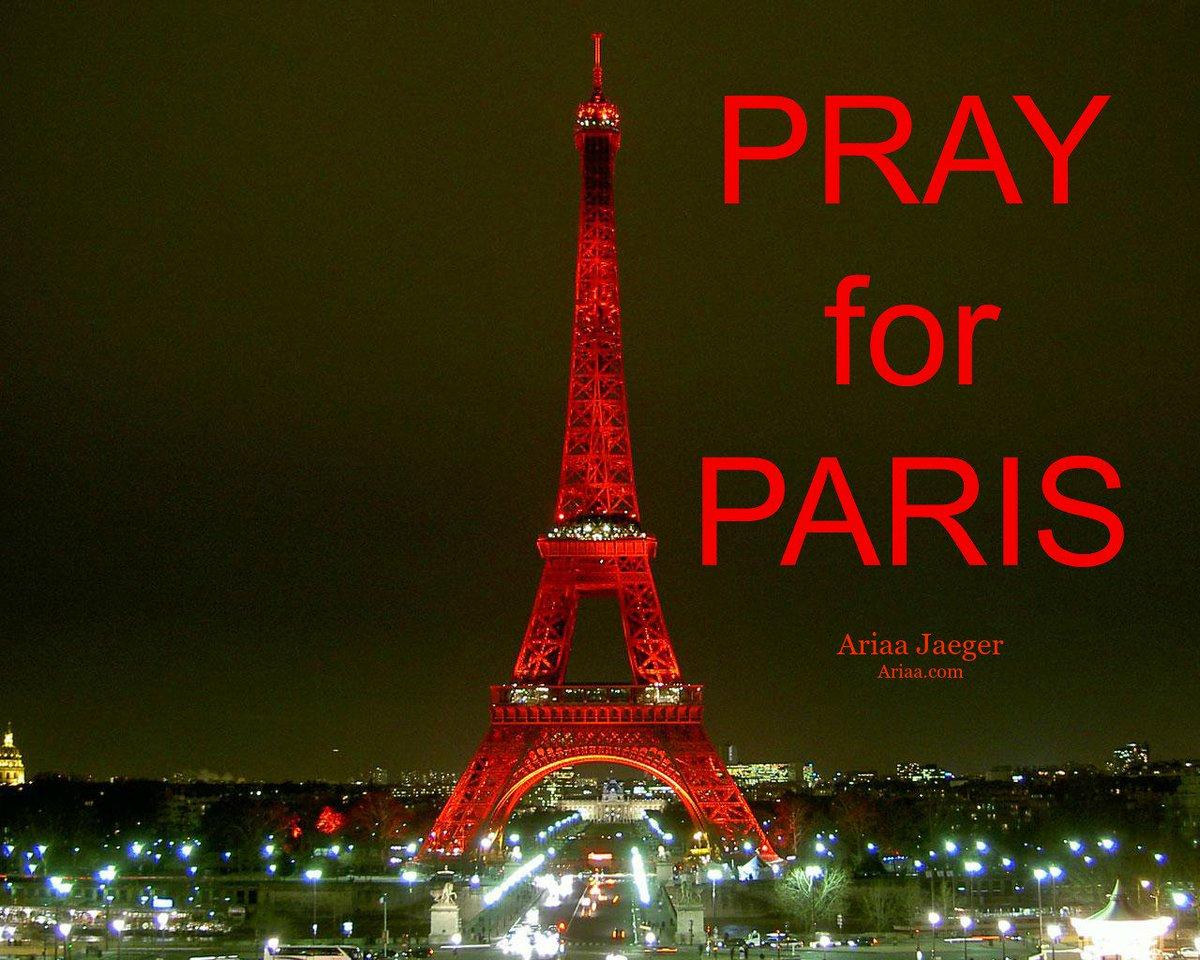 #PrayForParis https://t.co/l9O3skpmtq