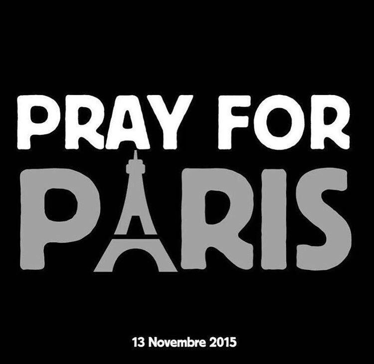 My hometown is bleeding. Tenez bon!  #Prayers4Paris #FusilladeParis https://t.co/wV6ugOsDZT