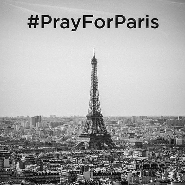 Please pray. #PrayForParis https://t.co/9jhTGG5qA9
