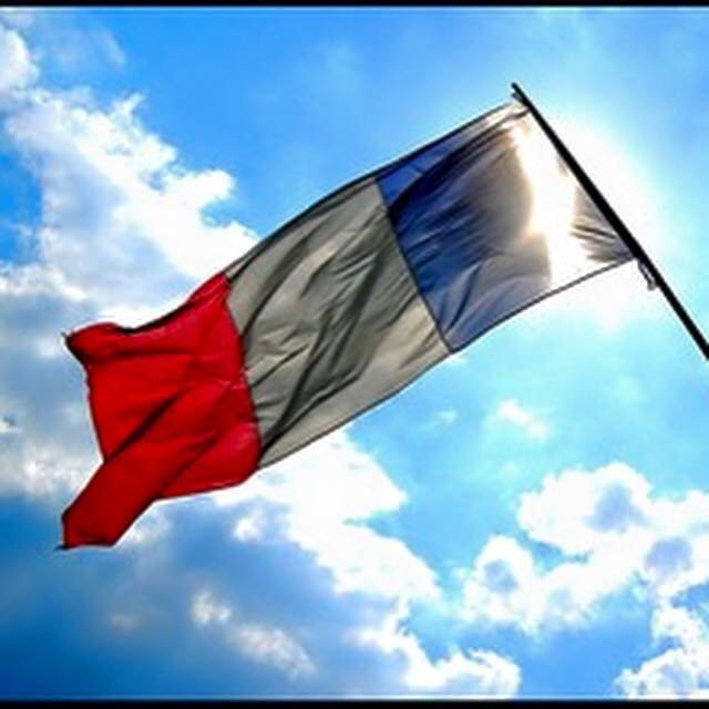Vive la France https://t.co/r45riuiGU5