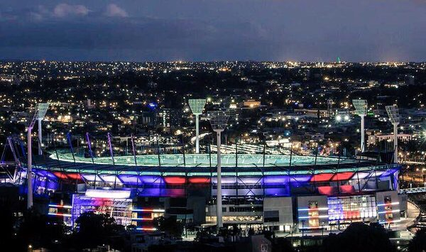 Solidarity - well played @MCG #prayforparis https://t.co/MptuC9ok7i