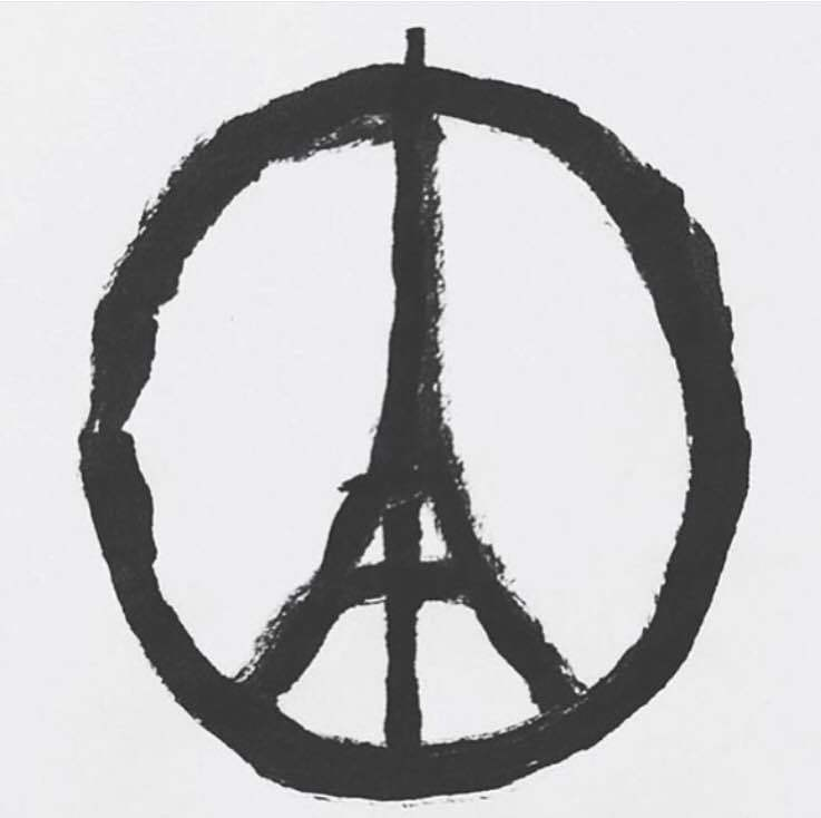 Pray for Paris. 😥#RIP #LUTO https://t.co/eIiIYhho0i https://t.co/J0YSgFc69S