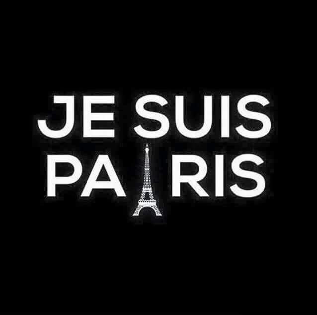 Toutes nos pensées sont avec les victimes et leurs familles. Courage #Paris https://t.co/DHNFjxSsxB