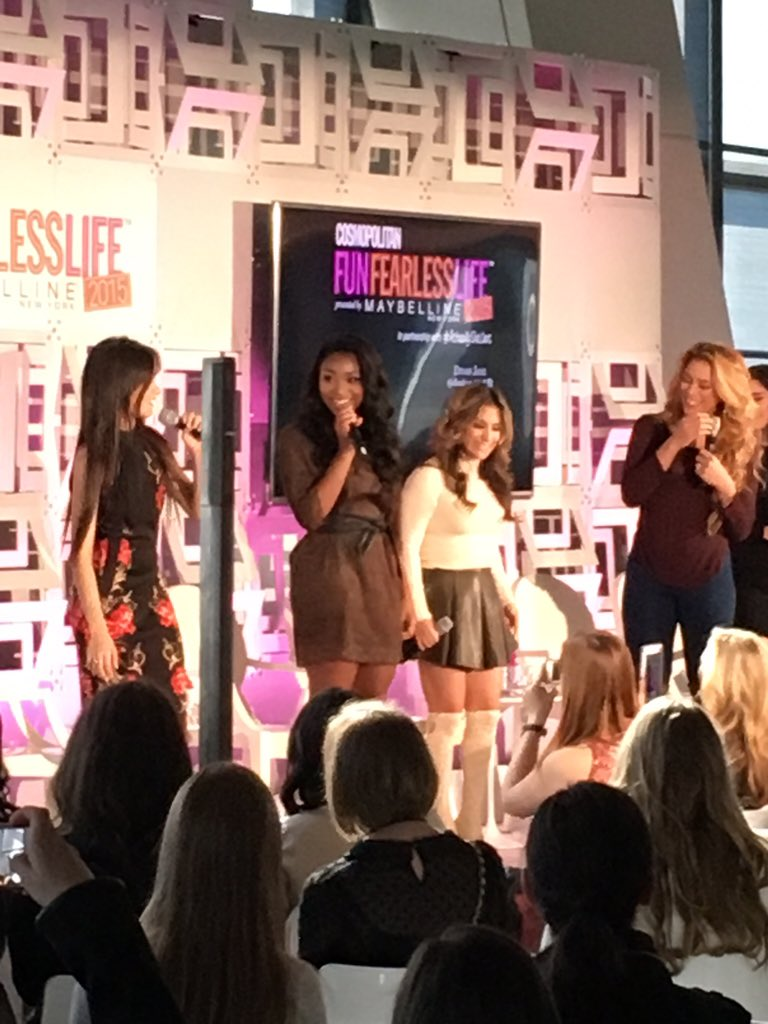 Guys! @FifthHarmony just took the stage!! #FunFearlessLife https://t.co/KYkBBuC1QW