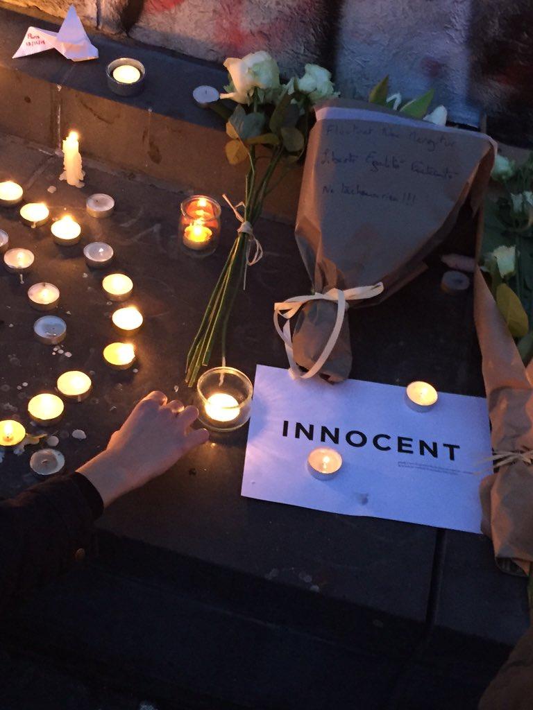 Memorial at Place de la République tonight to honor the victims, send a message of hope, solidarity. #Paris https://t.co/xfIXsVJQiY