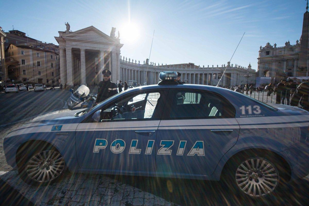 """Viminale: """"Allerta elevata a livello due, 700 militari in più per Roma""""."""