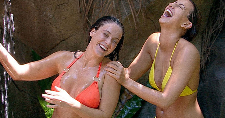 RT @MTVUK: Oh so THIS is why @fernemccann & @VickyGShore can't stay away from the #ImACeleb shower: https://t.co/6rkxVgGiDq& https://t.co/1…