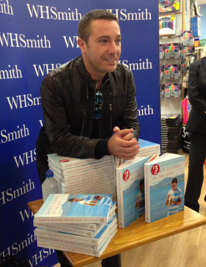 Book signing now @WHSmith @bentallcentre - loads of lovely people here! xx https://t.co/vOxjQ1D08F