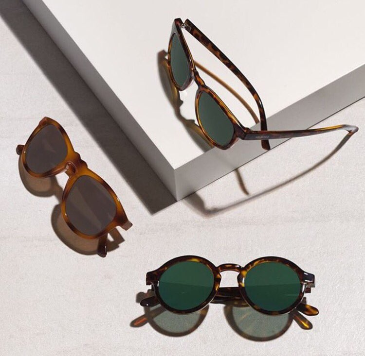 This sunglasses are so sick. Just bought 3 pairs. Use their code 'mrblack' to get 25% off - https://t.co/mZC4CzNreY https://t.co/0WXjh1tBzN