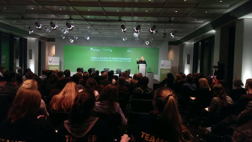 """""""Demokratie fällt nicht vom Himmel. Wir müssen uns für sie einsetzen"""" Carla Schulte-Breidenbach @FESonline #vision15 https://t.co/woiiQCZa6B"""
