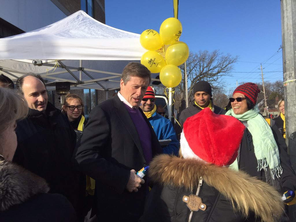 Thanks @JohnTory for coming out to support @YellowPages_ca's #shopthehood. Local business is important! https://t.co/5r1PrEJjqr