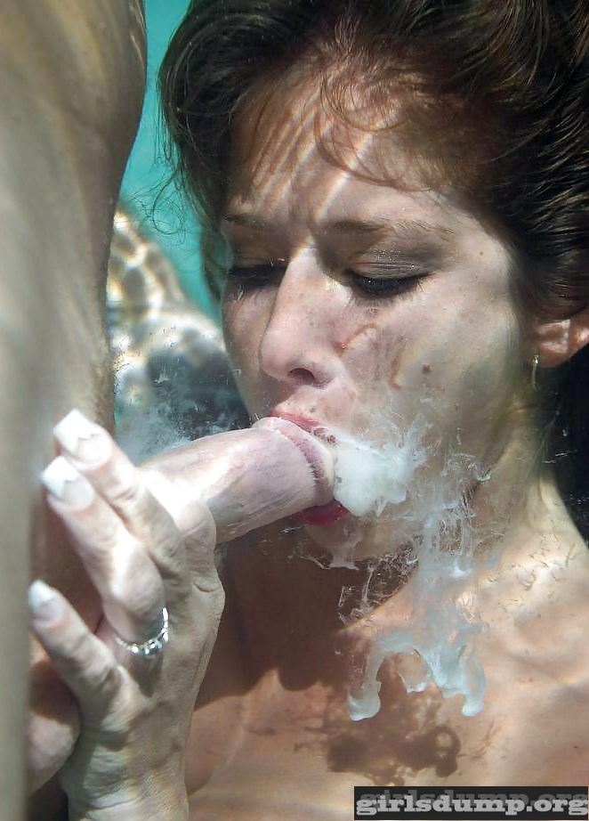 skinny-teeage-underwater-blowjob-xxxstash-granny-pics