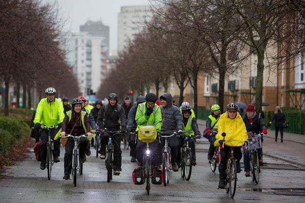 More than 800 people cycled and marched to Cardiff Bay in a climate change rally today https://t.co/WeVTziR1x7 https://t.co/TXqiRLdG4c