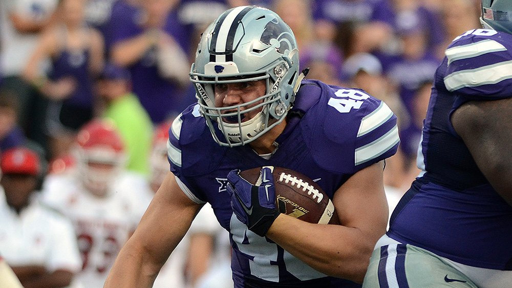 TOUCHDOWN #KSTATEFB! Gronk rumbles in from 8 yds out to give the Cats a 28-7 lead with 1:30 left in the 1st Q. https://t.co/wTdq95mXv2