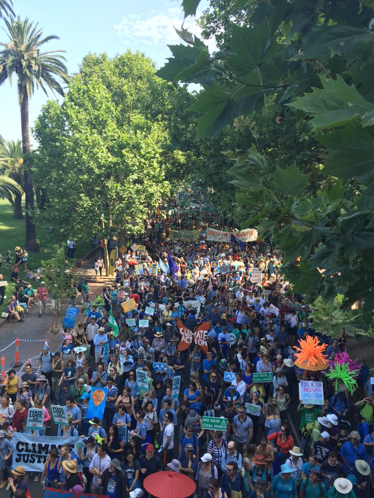 At least 45,000 people marched through #Sydney today sending a HUGE message to our leaders!! #peoplesclimate https://t.co/yQbPy4Dm0c