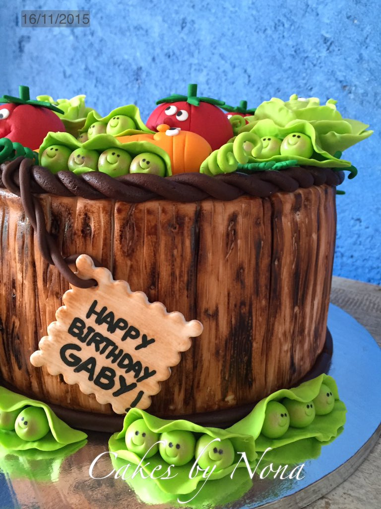 Incredible Cakesbynona On Twitter Veggie Bday Cake For A Healthy Girl Funny Birthday Cards Online Elaedamsfinfo