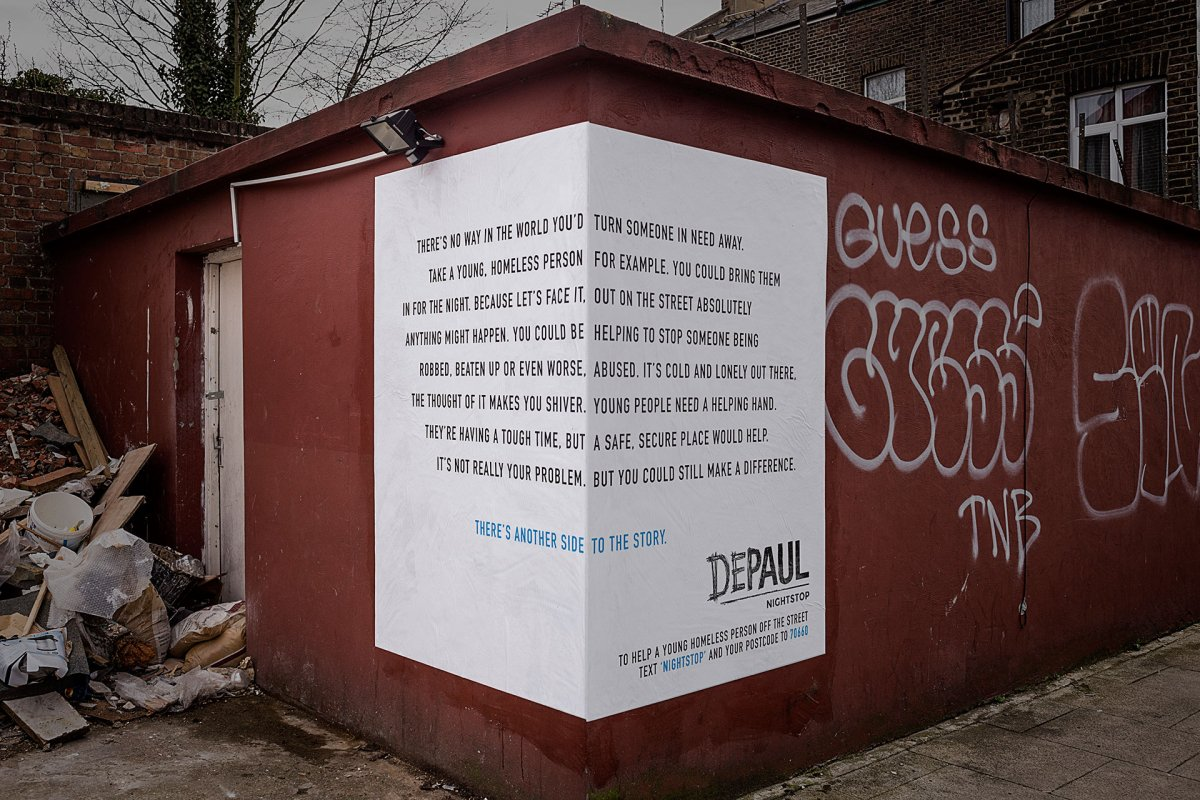 These two-sided ads about homelessness from @PublicisLondon won gold at #EpicaAwards2015 in copywriting. https://t.co/772I0SI0YU