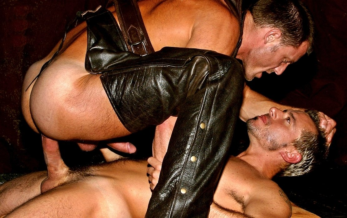 Leather casting gay porn photo on cadinot