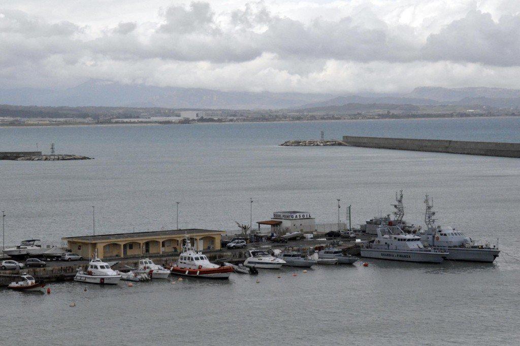 Terremoto in Grecia, onda anomala nel porto di Crotone.